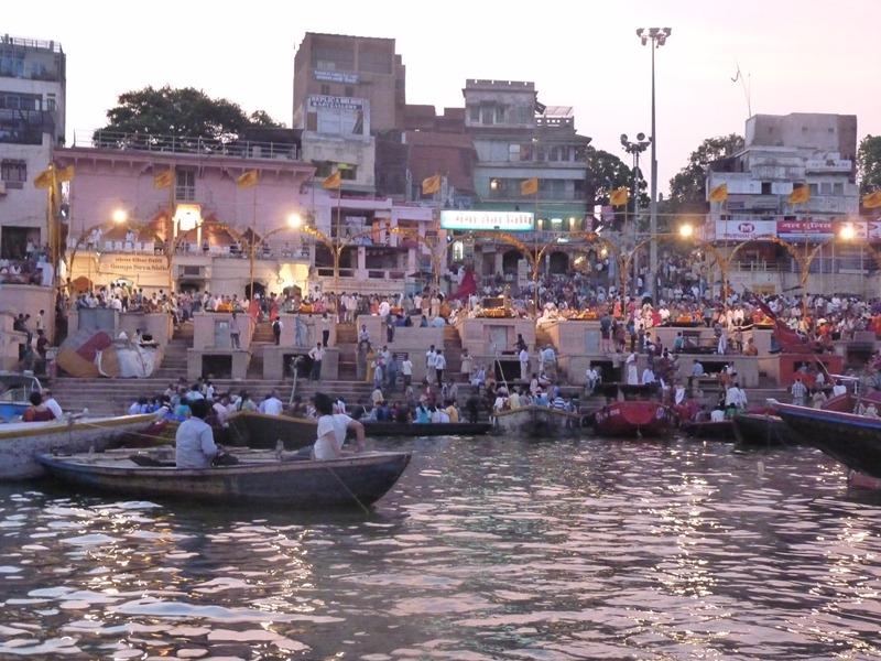 Plavba po Gange