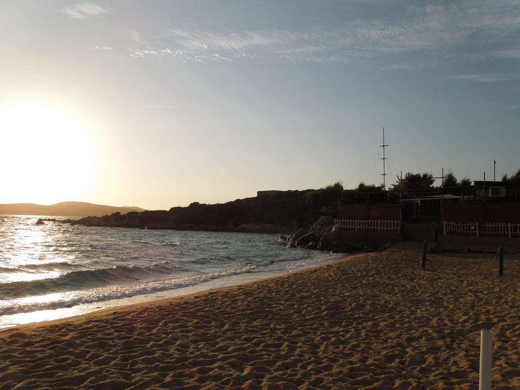 Pláž pri kempe Isuledda