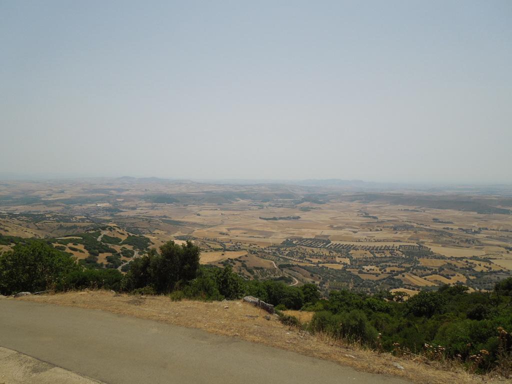 Výhľad z náhornej plošiny Giara di Gesturi