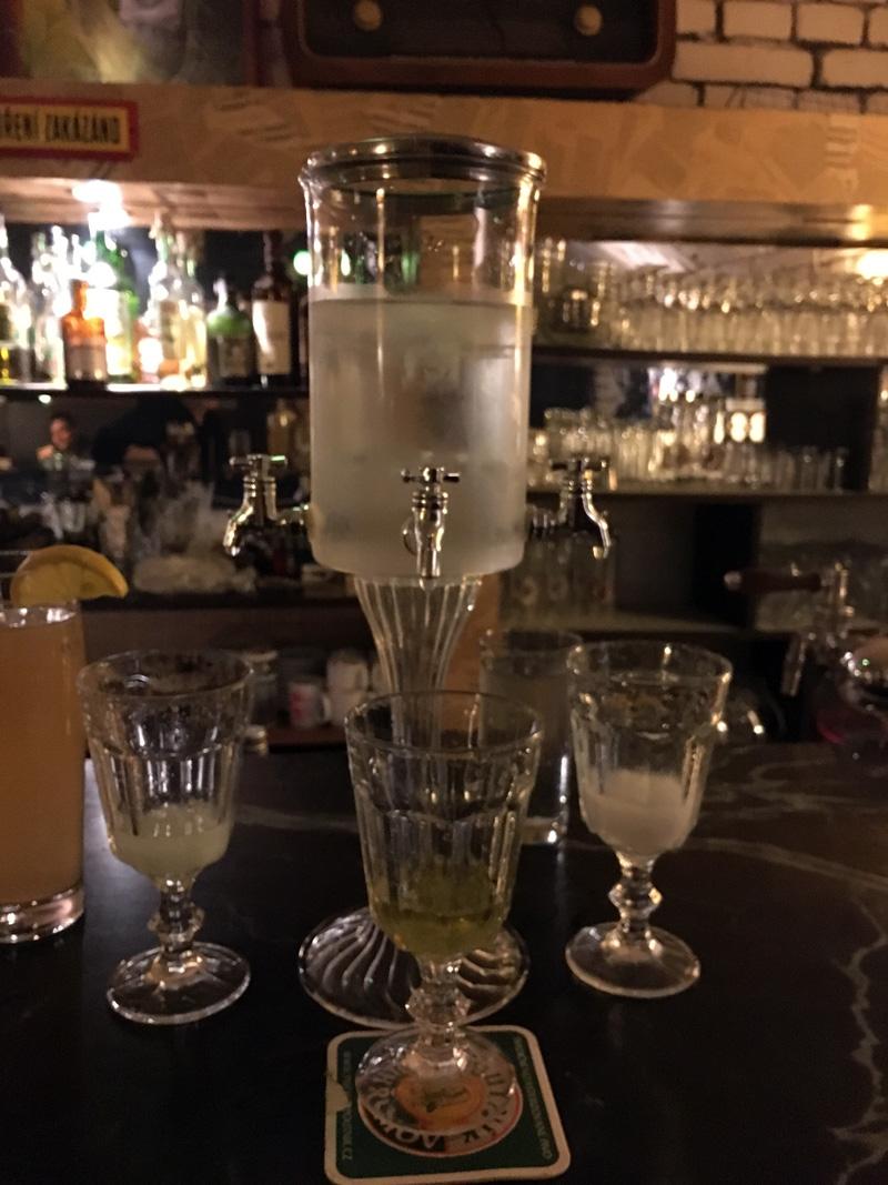 Bar Na Proti