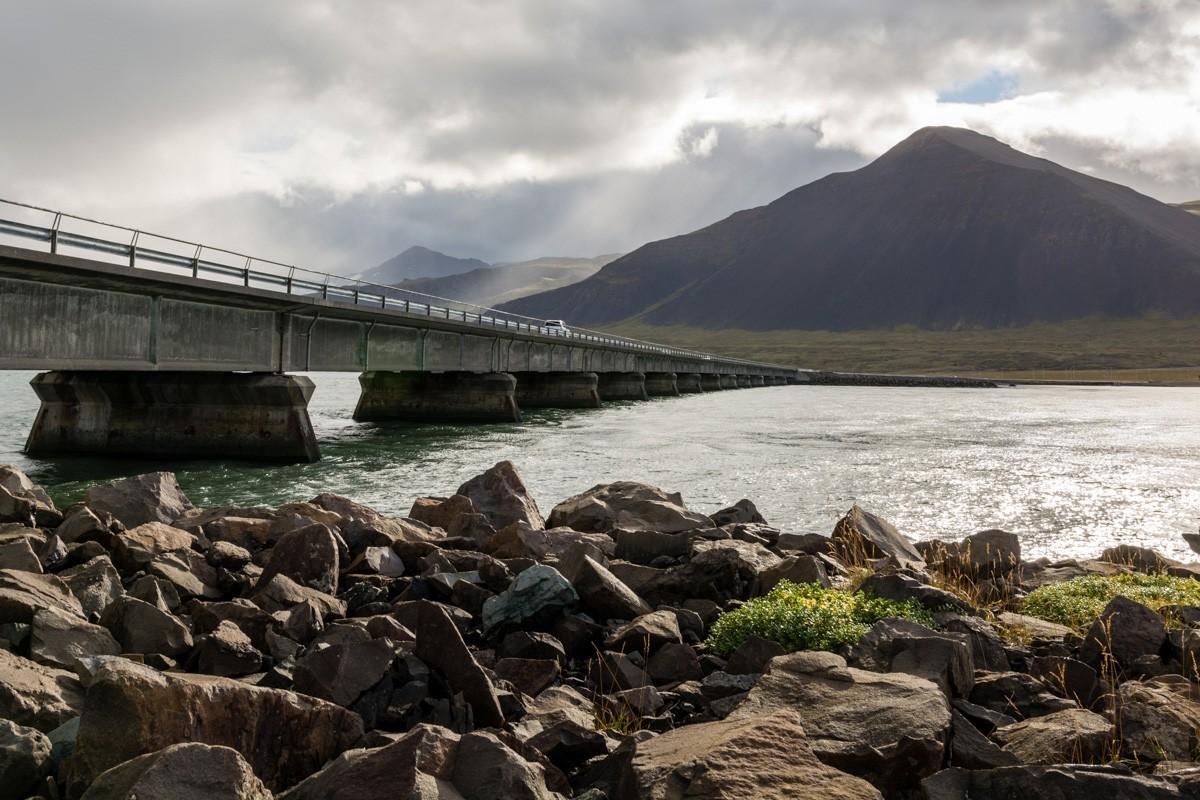 Most Borgarfjarðarbrú