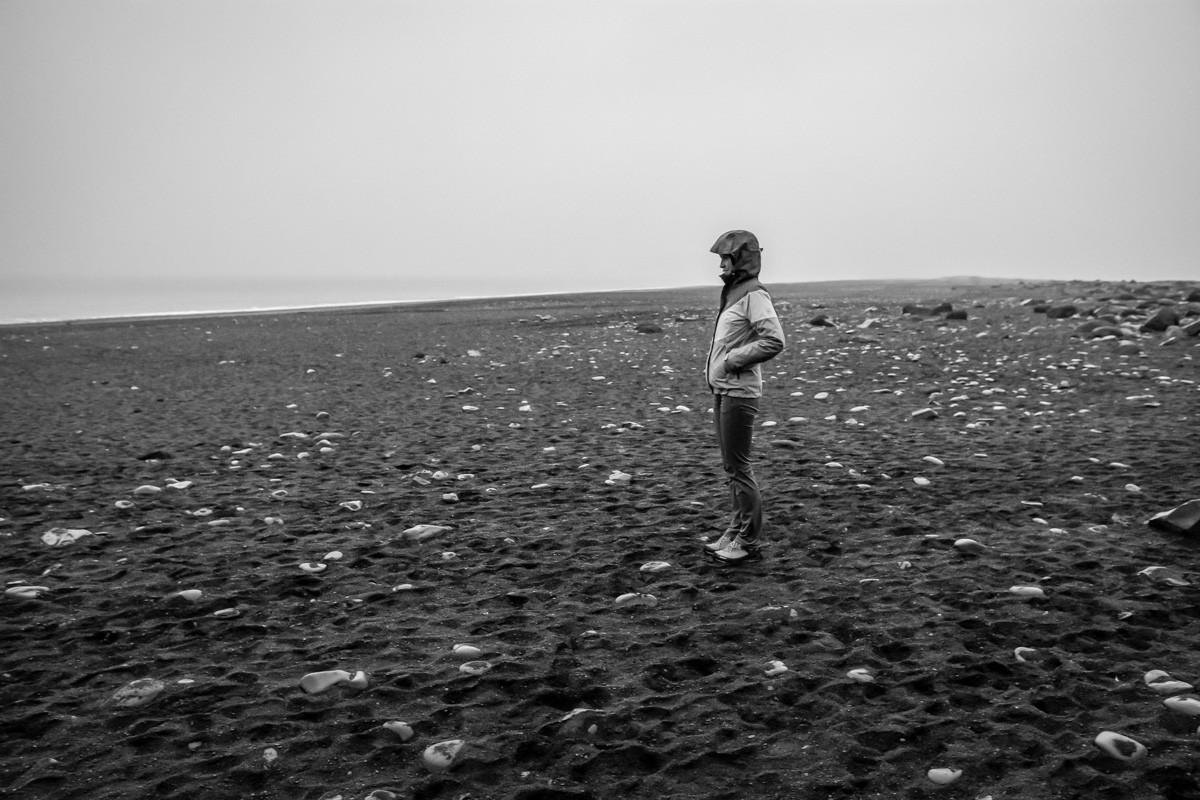 Vík čierna pláž