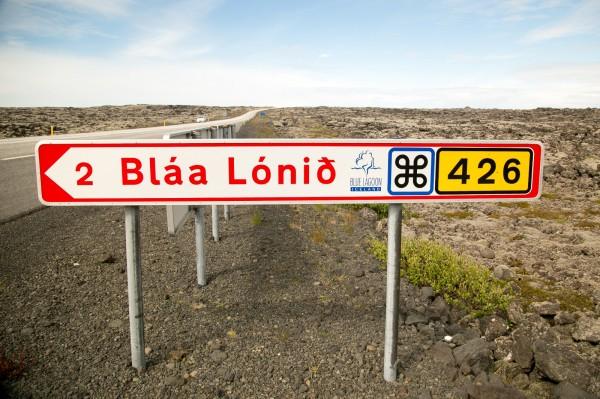 blaa-lonid-sign-blue-lagoon-600x399