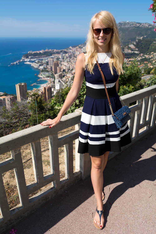 Cesta do Eze - Monako v pozadí